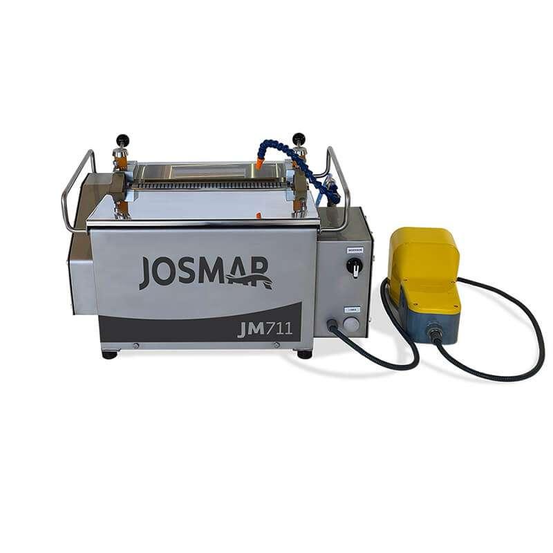 JM-711 - Table-top Manual Skinning Machine